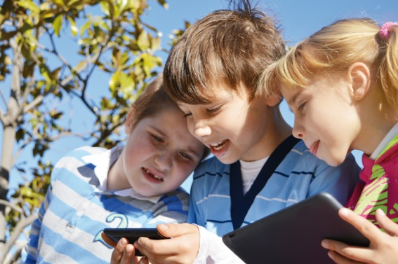 Growing Up In A Digital Environment: What Parents Need To Know